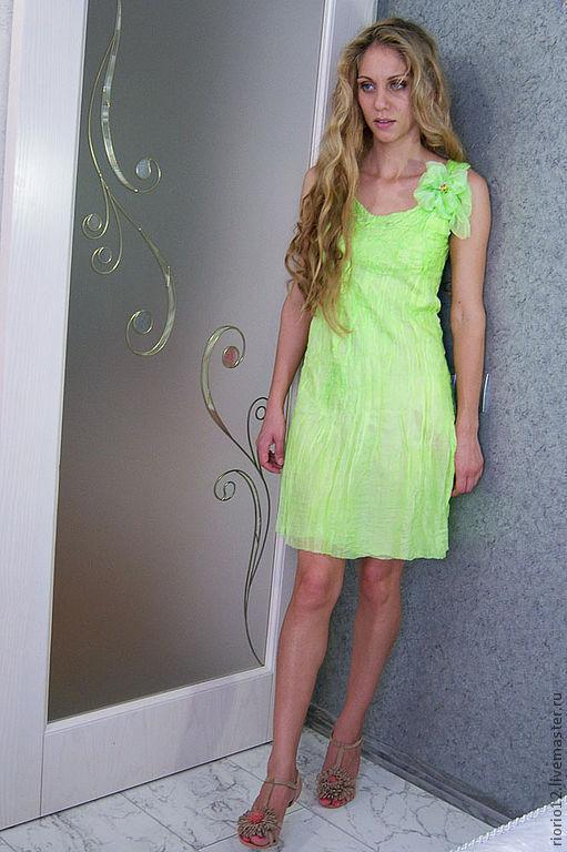 """Платья ручной работы. Ярмарка Мастеров - ручная работа. Купить Валяное платье """"Lightness"""". Handmade. Валяное платье, 100% шерсть"""