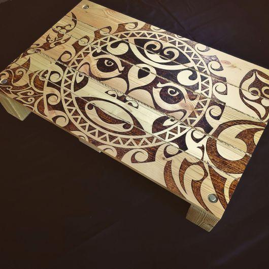 ... так же возможен вариант использования поверхности стола в качестве декоративного панно на стену...