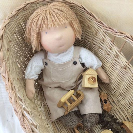 Вальдорфская игрушка ручной работы. Ярмарка Мастеров - ручная работа. Купить Вальдорфская кукла -мальчик, в пришивном комбинезоне. Handmade.