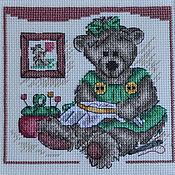 Картины и панно ручной работы. Ярмарка Мастеров - ручная работа Вышитая картина Мишка Тедди вышивальщица. Handmade.