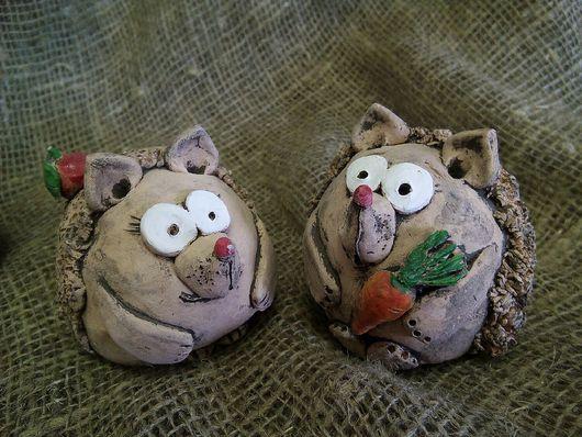 Статуэтки ручной работы. Ярмарка Мастеров - ручная работа. Купить Ёжики, сувениры из глины. Handmade. Глина, сувениры и подарки, ежик