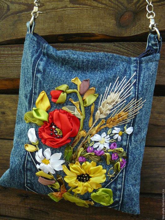 Женские сумки ручной работы. Ярмарка Мастеров - ручная работа. Купить Джинсовая молодежная сумочка - с вышивкой. Handmade. Тёмно-синий