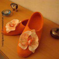 """Обувь ручной работы. Ярмарка Мастеров - ручная работа. Купить Тапочки """"Фаленопсис"""". Handmade. Валяные тапочки, обувь ручной работы"""