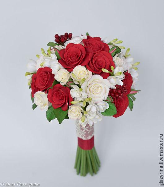 Свадебные цветы ручной работы. Ярмарка Мастеров - ручная работа. Купить Свадебный букет цветов. Handmade. Красные розы, фрезии