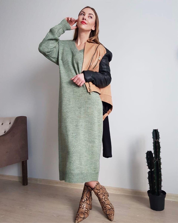 длинное вязаное платье с V вырезом купить в интернет магазине на