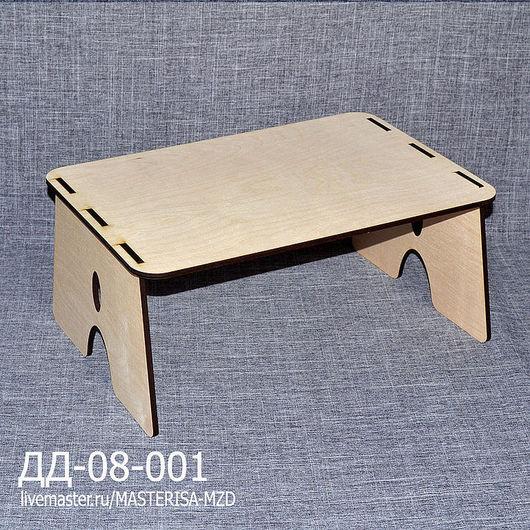ДД-08-001. Прикроватный столик.