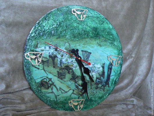 """Часы для дома ручной работы. Ярмарка Мастеров - ручная работа. Купить Часы """"Чаепитие у шляпника"""".. Handmade. Тёмно-зелёный"""