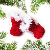 Работы для детей, handmade. Livemaster - original item Christmas booties for girl knit booties are uggs boots red. Handmade.