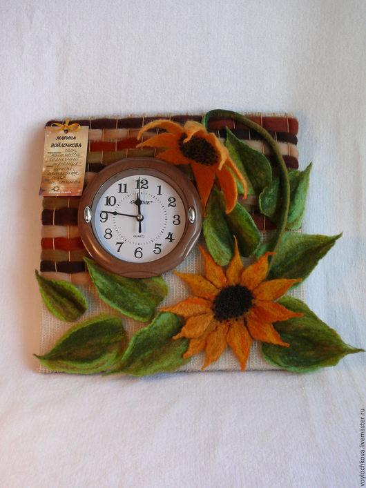Часы для дома ручной работы. Ярмарка Мастеров - ручная работа. Купить Часы настенные из войлока и мешковины Солнечный подсолнух. Handmade.