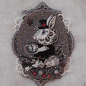 Украшения ручной работы. Ярмарка Мастеров - ручная работа Брошь Белый кролик. Handmade.