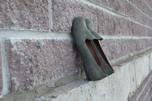Обувь ручной работы. Ярмарка Мастеров - ручная работа. Купить Лоферы женские зеленого цвета. Handmade. Тёмно-зелёный, минимализм