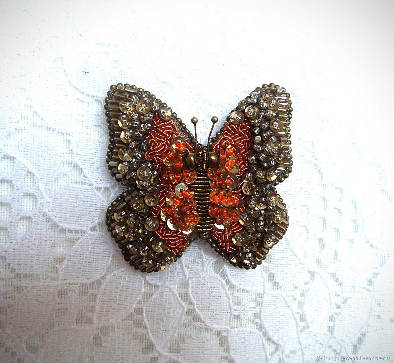 Брошь бабочка вышивка 79