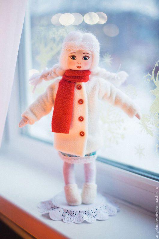 Коллекционные куклы ручной работы. Ярмарка Мастеров - ручная работа. Купить Текстильная игровая куколка Любушка. Handmade. Белый
