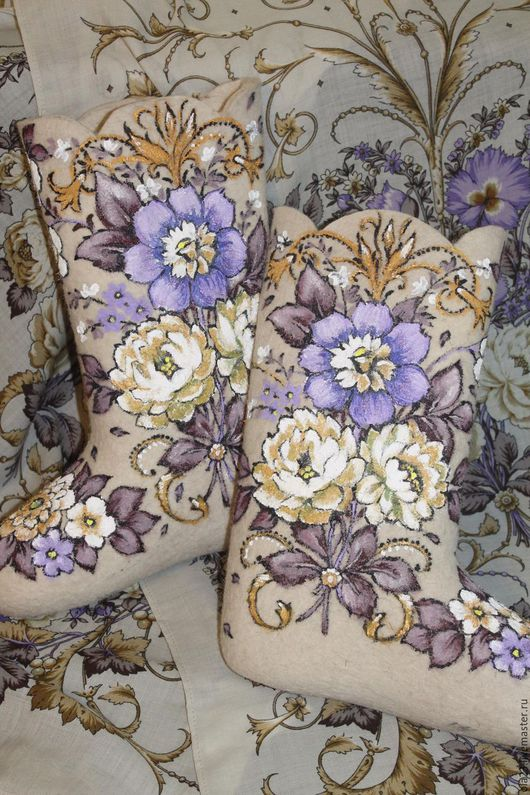 Обувь ручной работы. Ярмарка Мастеров - ручная работа. Купить ДИВА. Handmade. Белый, дива, цветы, орнаменты, сапоги, шуба