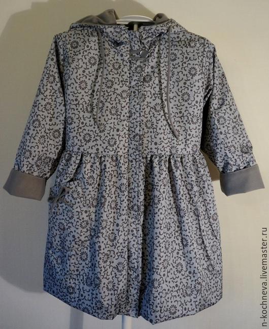 Одежда для девочек, ручной работы. Ярмарка Мастеров - ручная работа. Купить Детский плащ серый с цветочками. Handmade. Орнамент, серый