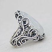 Украшения ручной работы. Ярмарка Мастеров - ручная работа Серебряное кольцо с лунным камнем, кольцо лунный камень серебро. Handmade.