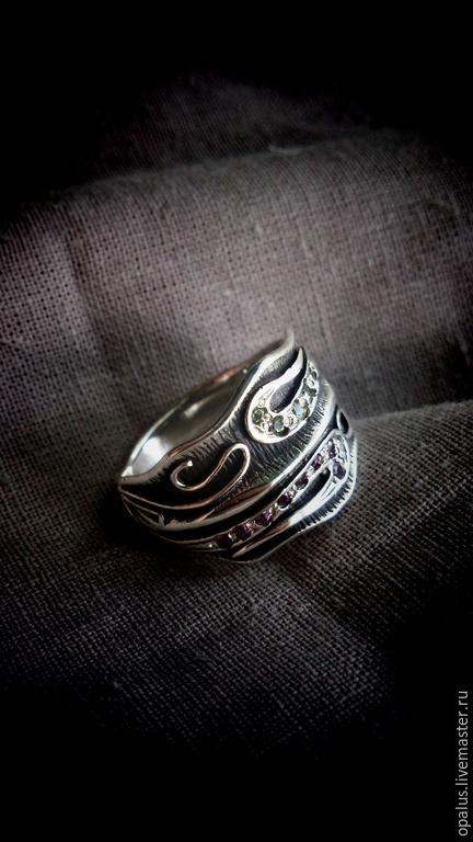 """Кольца ручной работы. Ярмарка Мастеров - ручная работа. Купить Кольцо """"Течение времени"""". Handmade. Кольцо с хризолитом, необычное кольцо"""