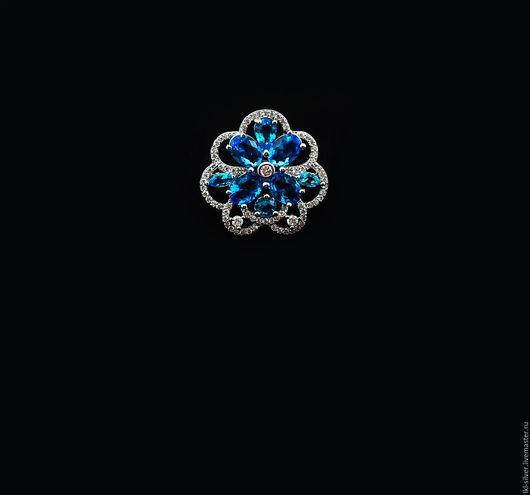 """Кольца ручной работы. Ярмарка Мастеров - ручная работа. Купить Кольцо """"Ледяные Бутоны"""" с Голубым Топазом и Цирконом. Handmade. Голубой"""