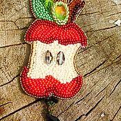 Украшения ручной работы. Ярмарка Мастеров - ручная работа Кулон яблочный коллекция дохлое яблоко. Handmade.
