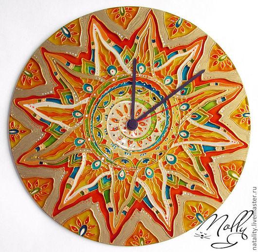 """Часы для дома ручной работы. Ярмарка Мастеров - ручная работа. Купить Часы """"Солнце"""" круглые. Handmade. Часы настенные из стекла"""