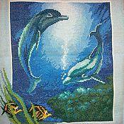 """Картины и панно ручной работы. Ярмарка Мастеров - ручная работа Вышитая картина """"Дельфины"""". Handmade."""