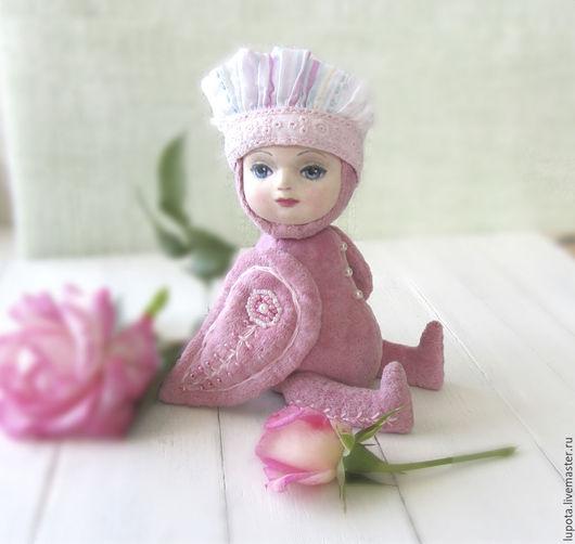 Коллекционные куклы ручной работы. Ярмарка Мастеров - ручная работа. Купить Розовый птенец. Handmade. Бледно-розовый, винтажный бархат