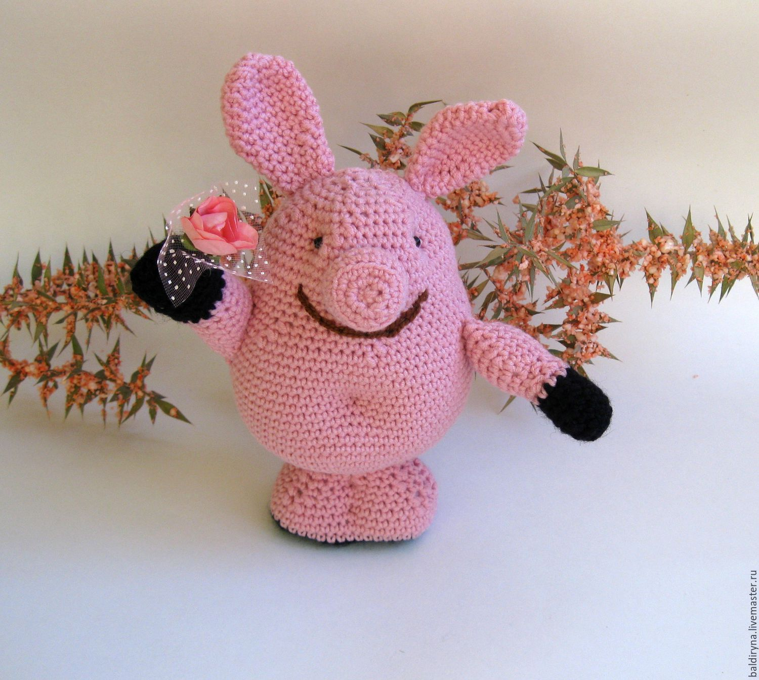 Knitted toy Peppa Pig with flower – shop online on Livemaster with ...
