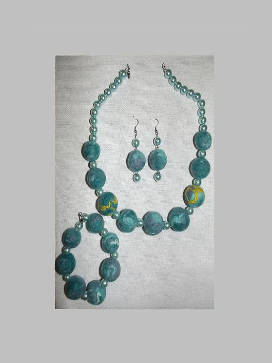 Jewelry Sets handmade. Livemaster - handmade. Buy Set 'emerald tale'.Beads, ornaments made of felt, gift