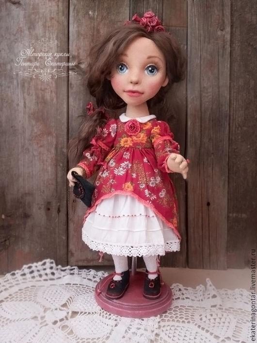 Коллекционные куклы ручной работы. Ярмарка Мастеров - ручная работа. Купить Кукла текстильная интерьерная Настюша в красном платье. Handmade.