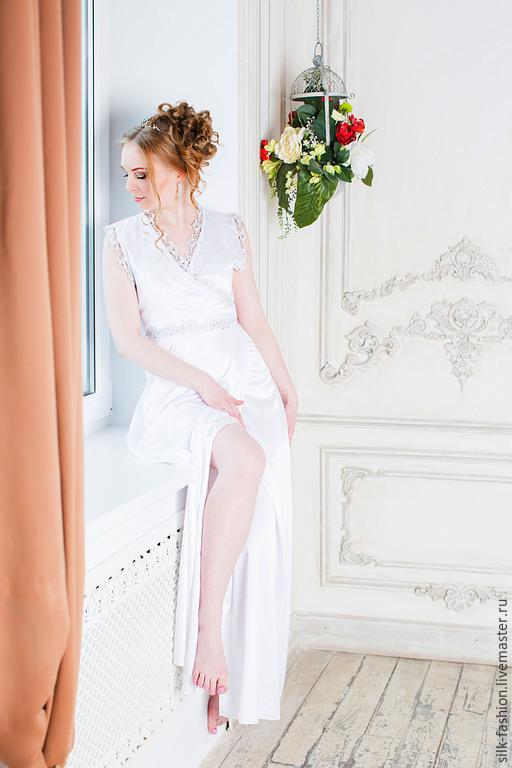 Халаты ручной работы. Ярмарка Мастеров - ручная работа. Купить Халат женский атласный для Утра невесты. Handmade. Белый