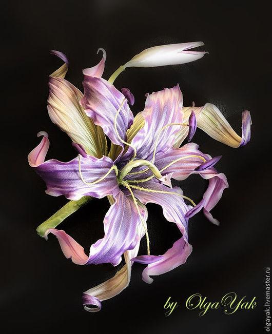 Заколки ручной работы. Ярмарка Мастеров - ручная работа. Купить Цветы из ткани. Лилия Фиолетовая Кобра. Handmade. Цветы из шелка