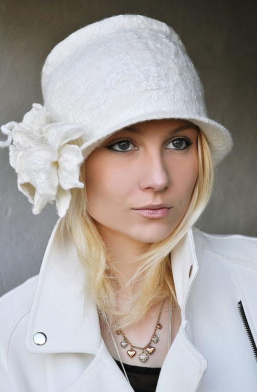 """Шляпы ручной работы. Ярмарка Мастеров - ручная работа. Купить Шляпа """"Bianco"""". Handmade. Шапка, валяная шляпка, абстрактный, белый"""