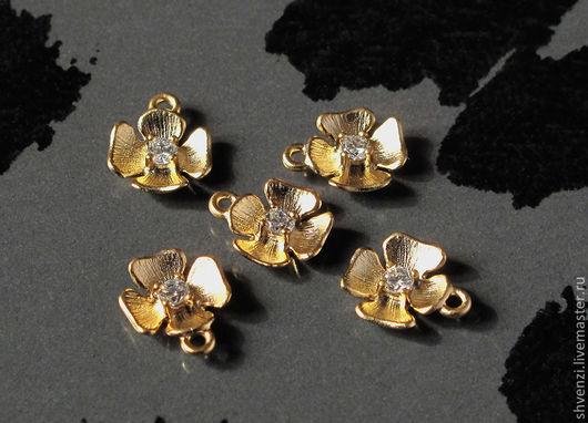 Матовое золото на латуни.