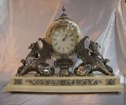 Элементы интерьера ручной работы. Ярмарка Мастеров - ручная работа. Купить Часы каминные Хранители времени (каминные часы из бронзы, серебрение). Handmade.