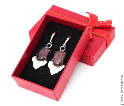Серьги в подарок девушке, серьги в подарок женщине, Авторская работа,  оригинальный подарок, купить подарок, кружево из металла, серебряные узоры, шикарный подарок, дорогое украшение
