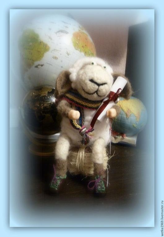 Игрушки животные, ручной работы. Ярмарка Мастеров - ручная работа. Купить Умная Овечка. Handmade. Чёрно-белый, игрушка в подарок