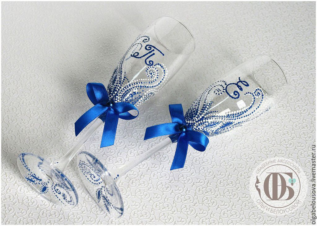 Бокалы свадебные с инициалами своими руками