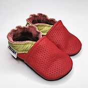 Одежда детская handmade. Livemaster - original item Red Baby Shoes, Baby Moccasins, Leather Baby Shoes, Ebooba. Handmade.