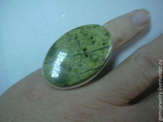 Кольца ручной работы. Ярмарка Мастеров - ручная работа. Купить Элегантное кольцо ЗМЕЕВИК,крупный камень! серебро 925.. Handmade.