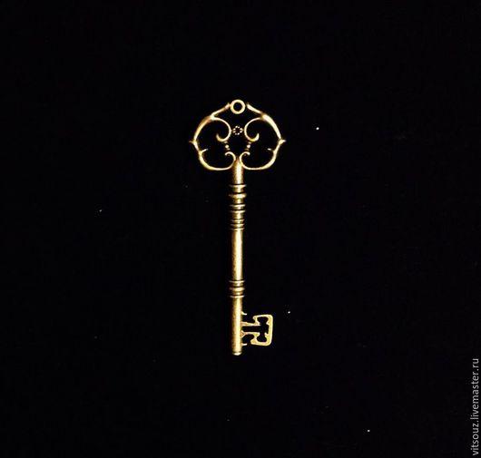 Арт. B26857 Подвеска металлическая  `Ключ` Цвет: Античная бронза.