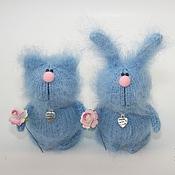 Куклы и игрушки ручной работы. Ярмарка Мастеров - ручная работа Голубые зайчики и котики. Handmade.