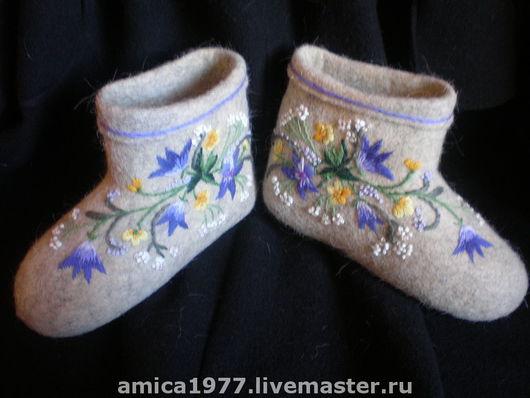 """Обувь ручной работы. Ярмарка Мастеров - ручная работа. Купить Вышитые валенки """"Колокольчики"""". Handmade. Валенки, валенки с вышивкой"""