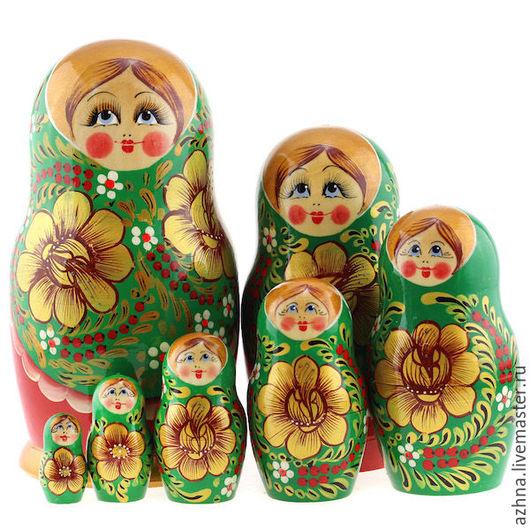 Матрешки ручной работы. Ярмарка Мастеров - ручная работа. Купить Матрешка 7 мест зеленый сарафан красные золотые цветы. Handmade.