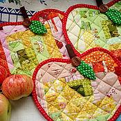 """Для дома и интерьера ручной работы. Ярмарка Мастеров - ручная работа Прихватки """"Спелые яблочки"""". Handmade."""