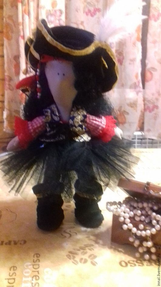 Сказочные персонажи ручной работы. Ярмарка Мастеров - ручная работа. Купить Очаровательная пиратка. Handmade. Комбинированный, веселый подарок, сетка