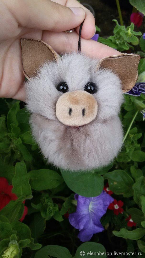 Очаровательная свинка, Брелок, Краснодар,  Фото №1