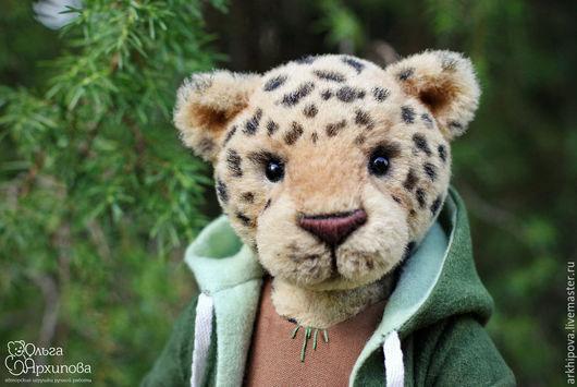 Игрушка леопард (кот) - друг мишек Тедди авторская интерьерная игрушка. Автор Ольга Архипова