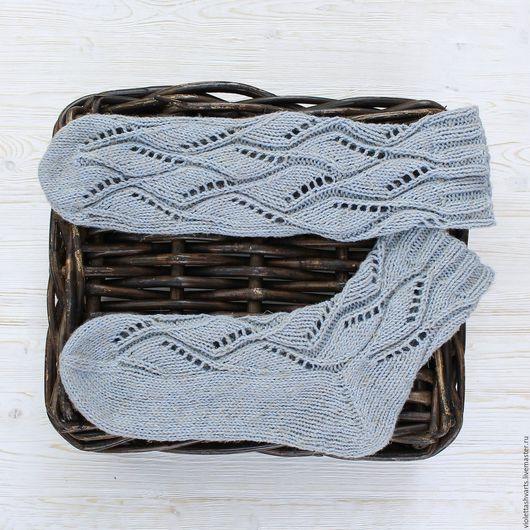 Купить вязаные носки. Купить женские вязаные носки. Вязаные носки.  Вязаные носочки. Детские носки. Женские носки.