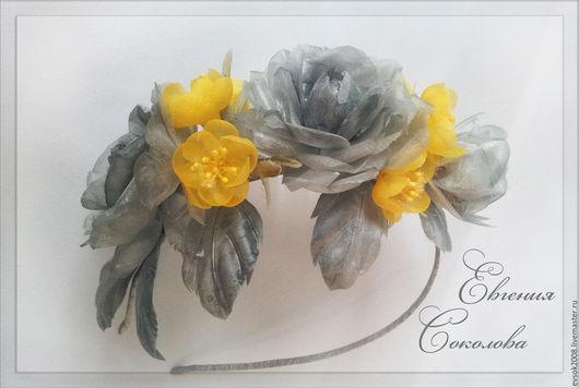 Диадемы, обручи ручной работы. Ярмарка Мастеров - ручная работа. Купить Ободок с серыми розами из шёлка. Handmade. Серый
