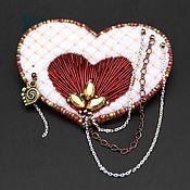 Украшения handmade. Livemaster - original item Embroidered brooch white heart with chains. Handmade.